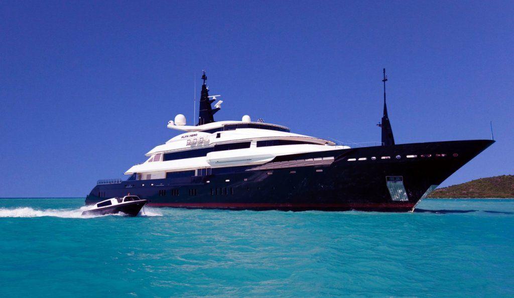 VIP Yacht Charter
